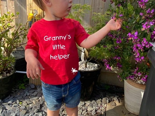 granny's little helper t-shirt red